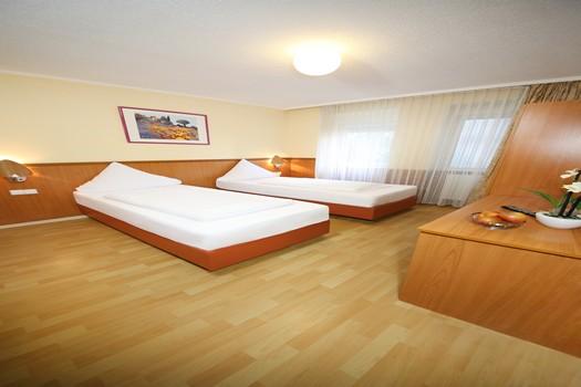 Doppelzimmer (getrennte Betten)